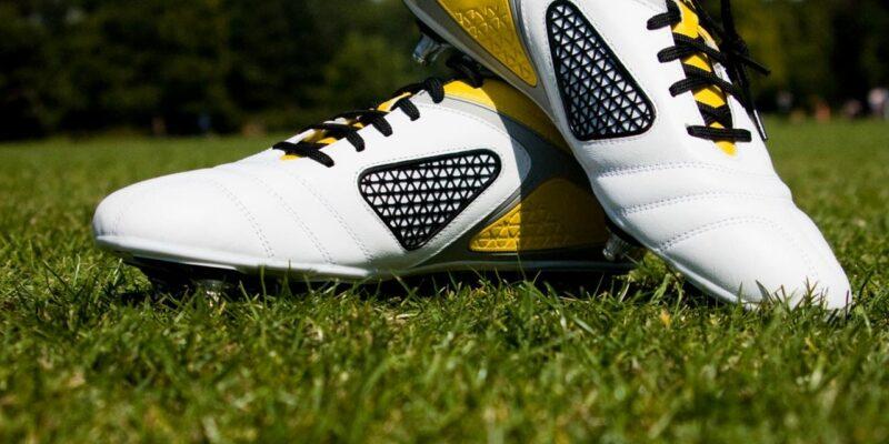 4 tips voor het zoeken van voetbalschoenen voor jouw kind - Opeengrotepaddestoel.nl